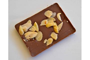Barretta cioccolato al latte con mandorle